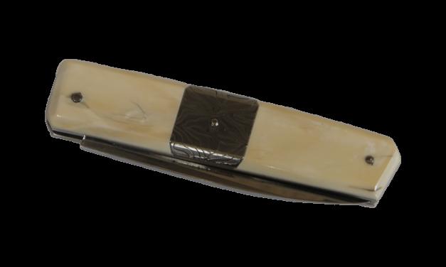 Couteau de Pierre